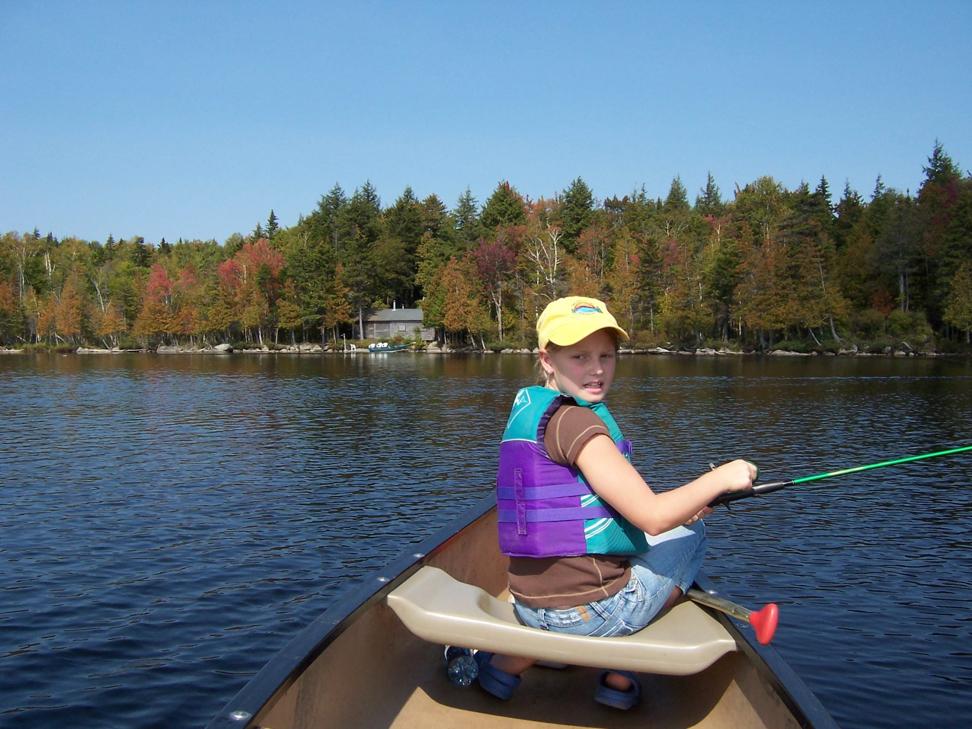 Moosehead hills cabins rustic luxury log cabin rentals for Fishing near me lake